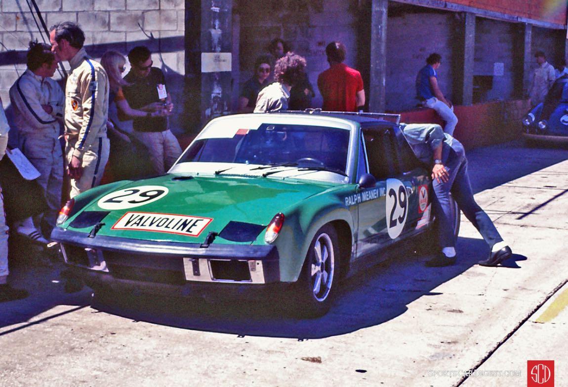 The John Buffum, Stephen Behr, Pete Conrad Porsche 914/6 (Photo: Gene Bussian)