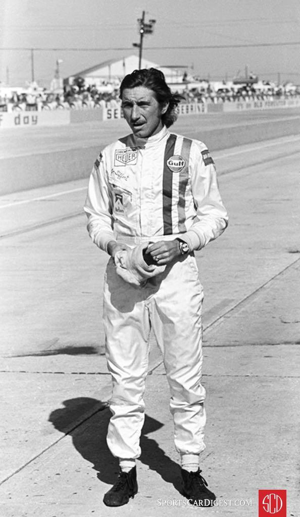 Jo Siffert awaits his car (Photo: www.autosportsltd.com)