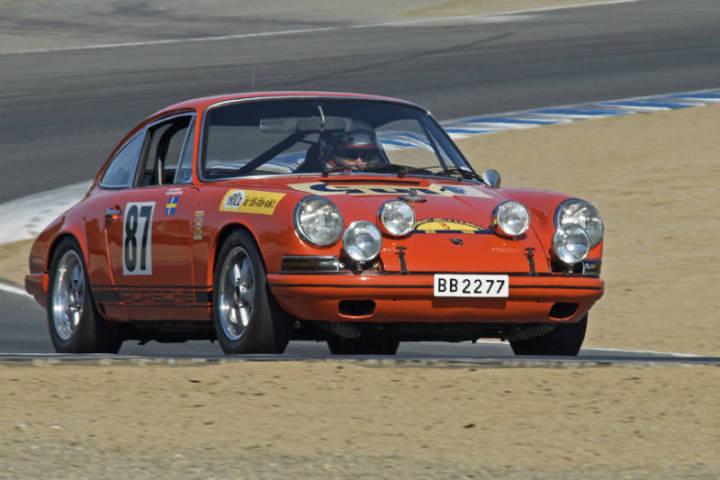 1968 Porsche 911 T/R - Dennis Singleton