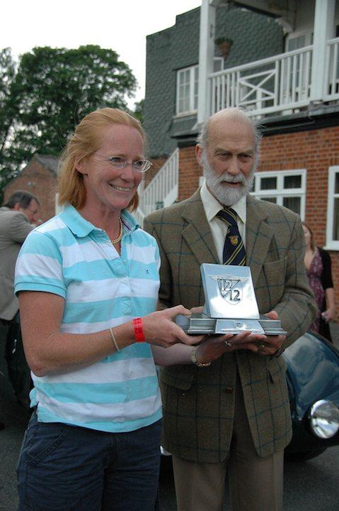 alex-pilkington-winner-of-alfa-romeo-centenary-class-with-1750-gs-zagato