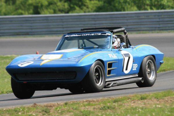 1964-corvette-photo-by-dan-tooker