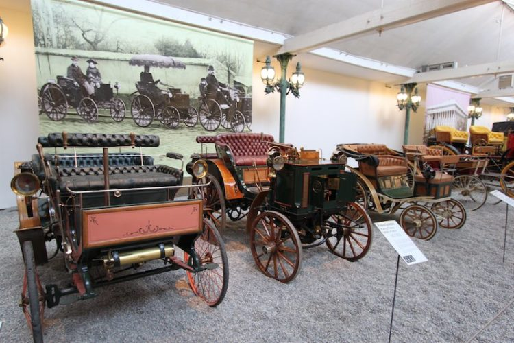 Early Motor Carriages
