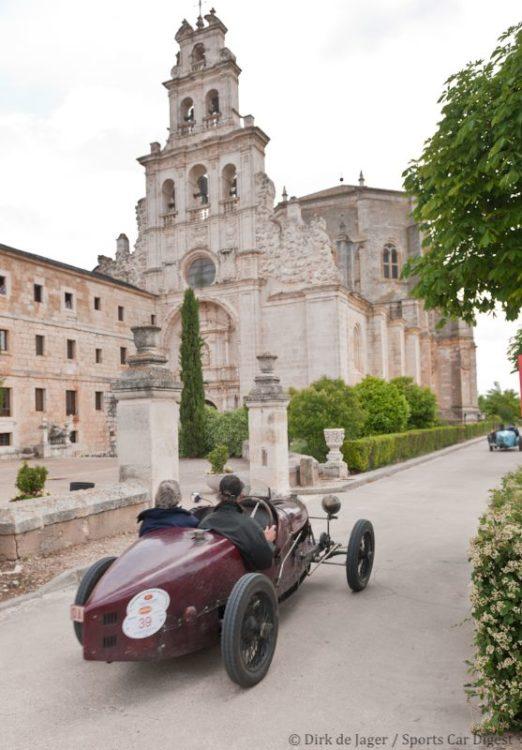 1927 Bugatti T37 sn 3724 in front of Monasterio de Duero