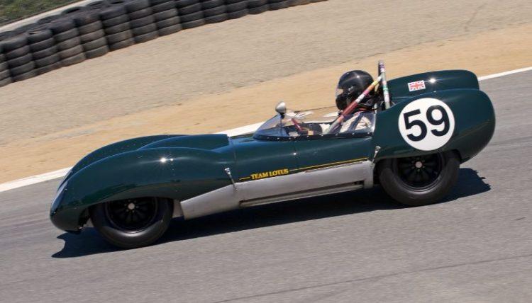 Pre-Reunion Saturday. Don Orosco in his Lotus 15 drops into the Corkscrew.
