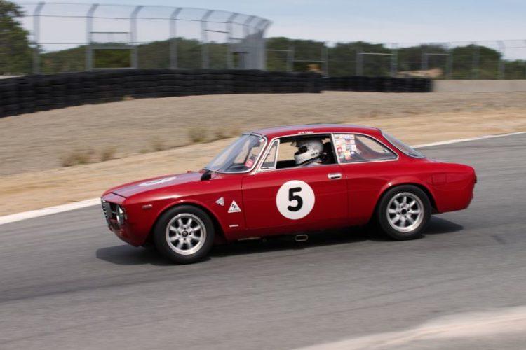 Martin Lauber's Alfa Romeo GTV in the Corkscrew.