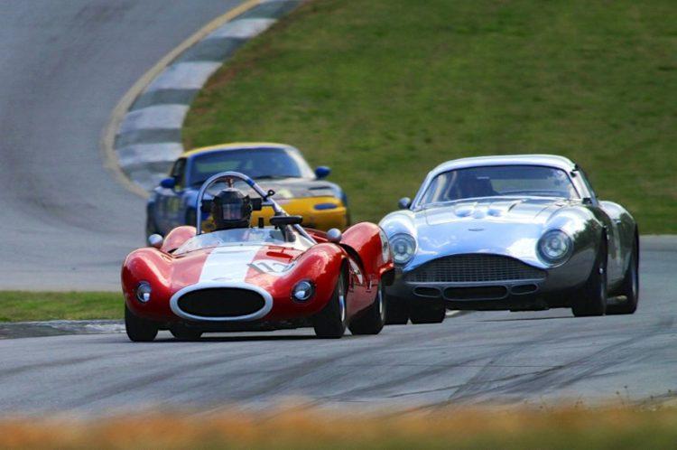 Paul Gelpi, 62 Bobsy SR2/3 leads Herb Wetanson, 60 Aston Martin Zagato.