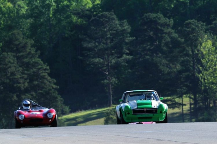 Doug Campbell, 64 Ginetta G4 and Les Gonda, 73 MGB/GT V8