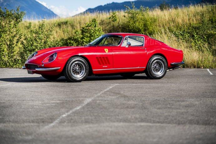 Ferrari 275 GTB Side