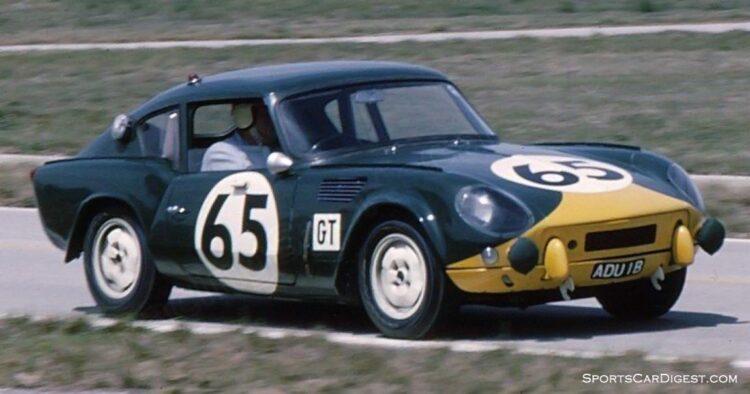 racing the car