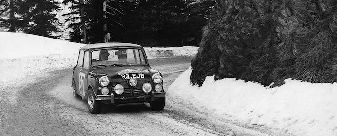 Mini in snow at Monte Carlo Rally