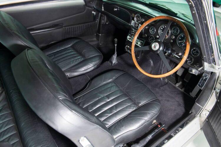 1964 Aston Martin DB5 Sports Saloon