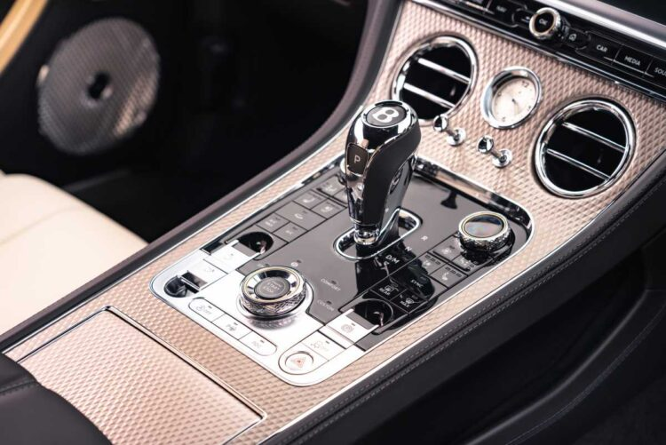 center console of Continental GT Mulliner Coupé