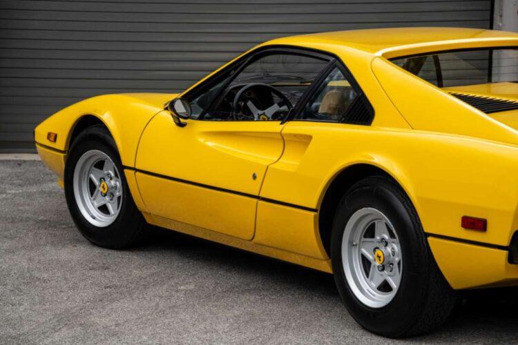 rear of 1976 Ferrari 308 GTB Vetroresina