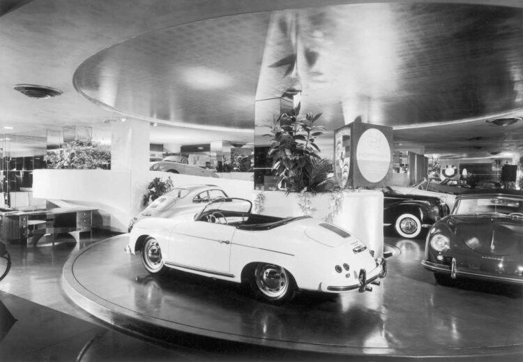 max hoffmans showroom