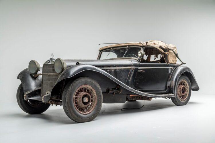front of 1935 Mercedes-Benz 290 Cabriolet A