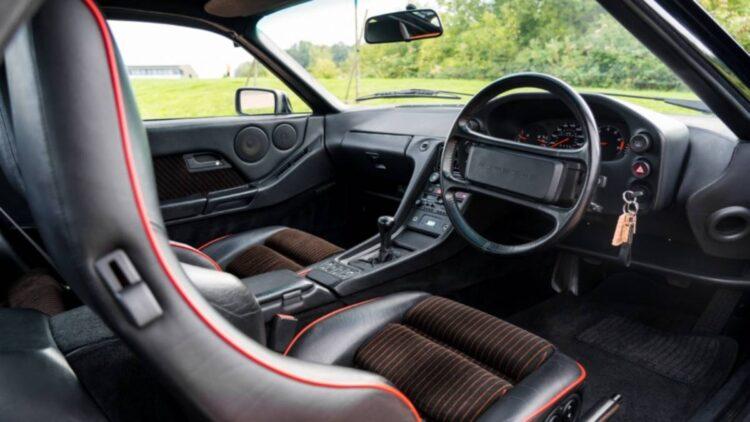 interior of 1988 Porsche 928 S4