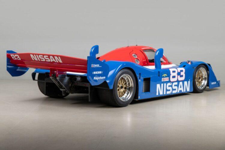 back of Nissan NPT-90