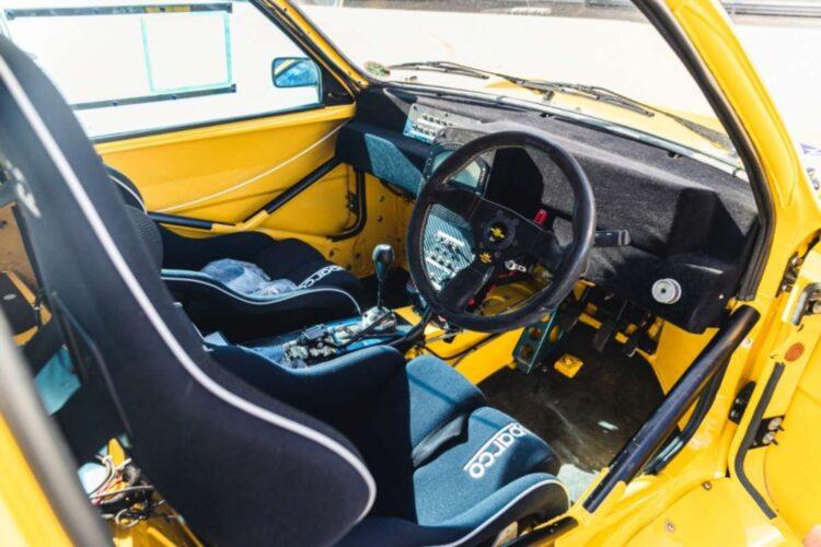 interior of 1987 DAM4100
