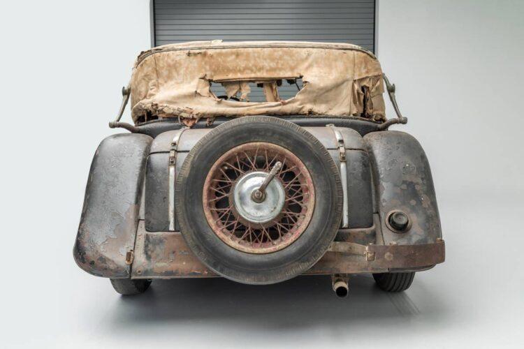 back of 1935 Mercedes-Benz 290 Cabriolet A
