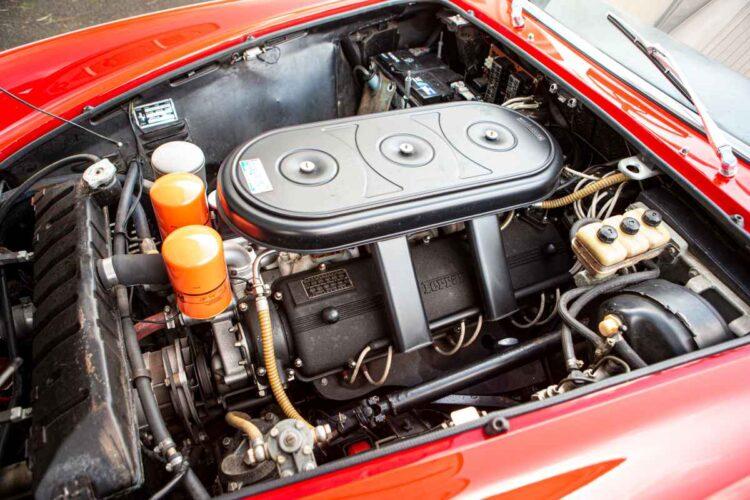 engine of 1967 Ferrari 330 GTS