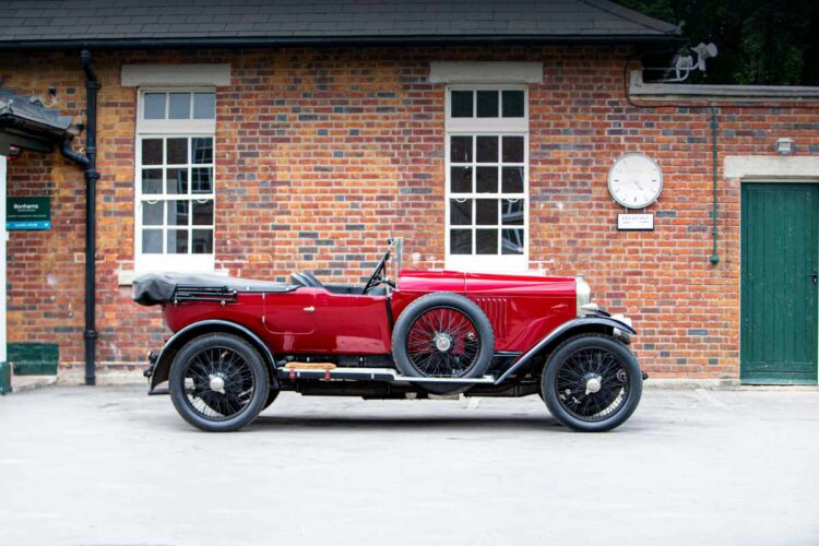 side of 1924 Vauxhall 30-98 OE-Velox Tourer
