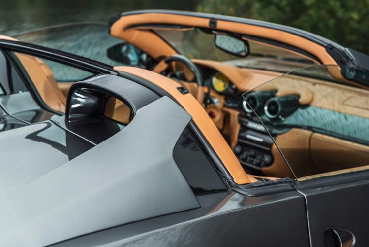 looking inside 2011 Ferrari 599 SA Aperta