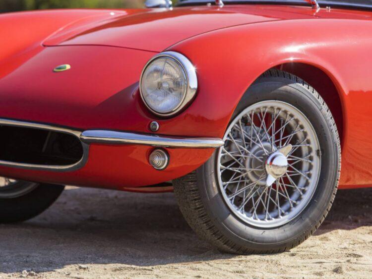 wheels of the Series 1 Lotus Elite