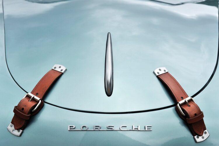 Porsche name on car