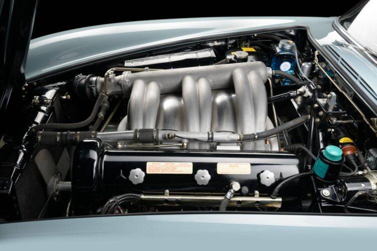 Engine of  Mercedes 300SL