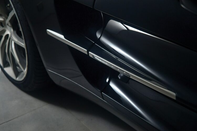 doors and air inlet