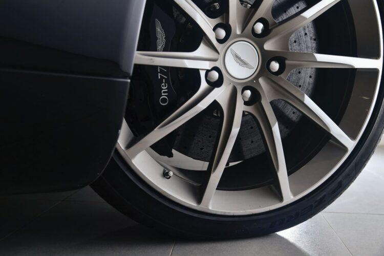 wheel of Aston Martin One-77