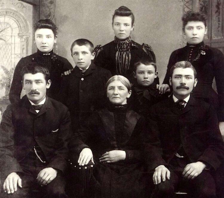 Family of Duesenbergs