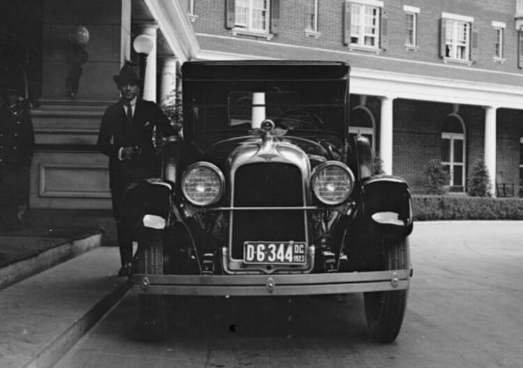Rudolph Valentino and model A Duesenberg