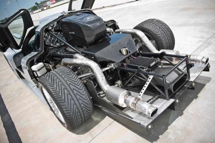 Engine of the Mercedes CLK GTR