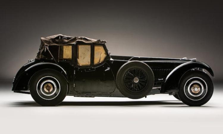 side profile of 1937 Bugatti Type 57
