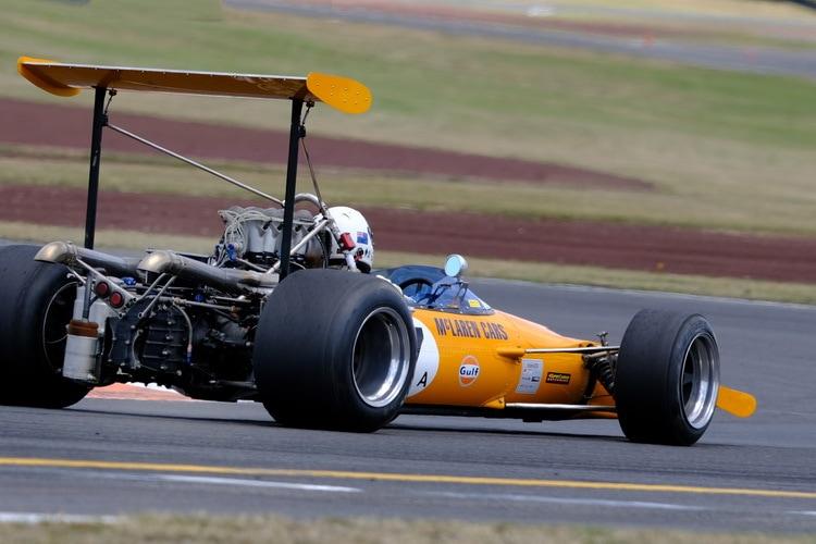 McLaren formula 5000