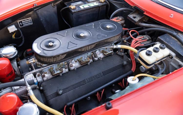 engine of 1966 Ferrari 275 GTB Long Nose