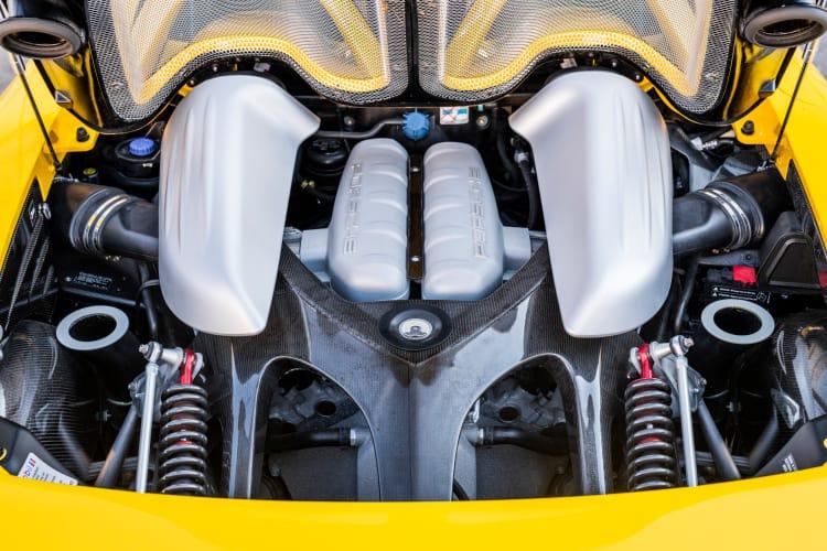 engine of the 2004 Porsche Carrera GT