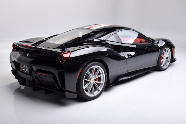 back of Ferrari 488 Pista