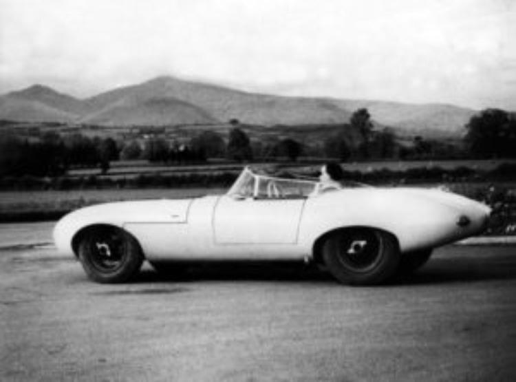 Jaguar E1A side profile