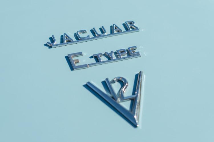 Jaguar V-12 E Type