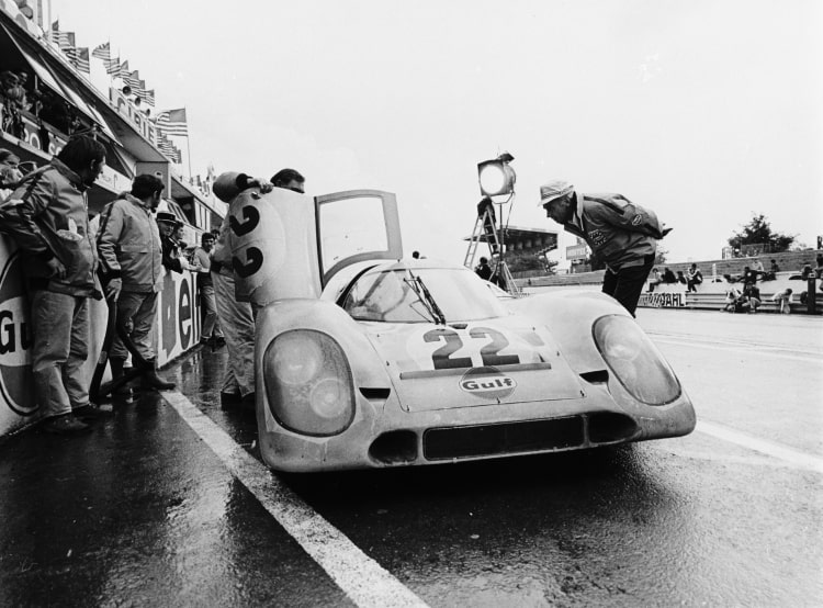 Porsche being filmed