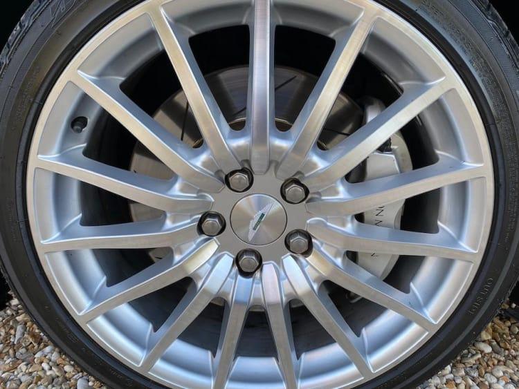 Wheel of Aston Martin DB9