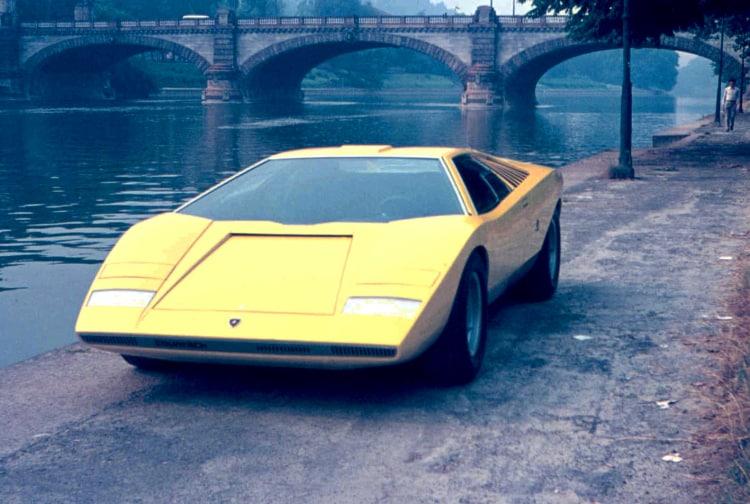 Lamborghini by river