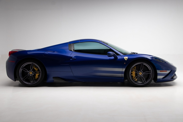 side of 2015 Ferrari 458 Speciale A