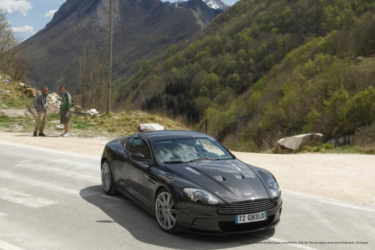 Bond set Aston Martin