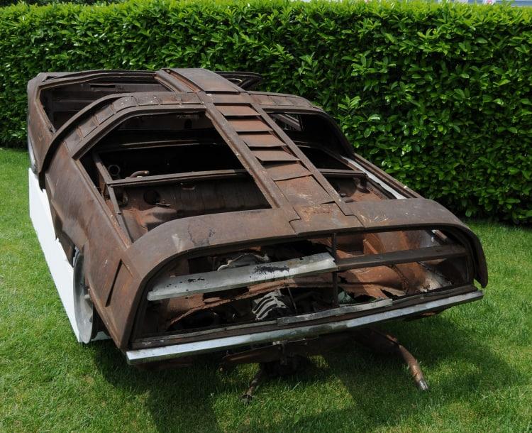rear of Porsche burnt