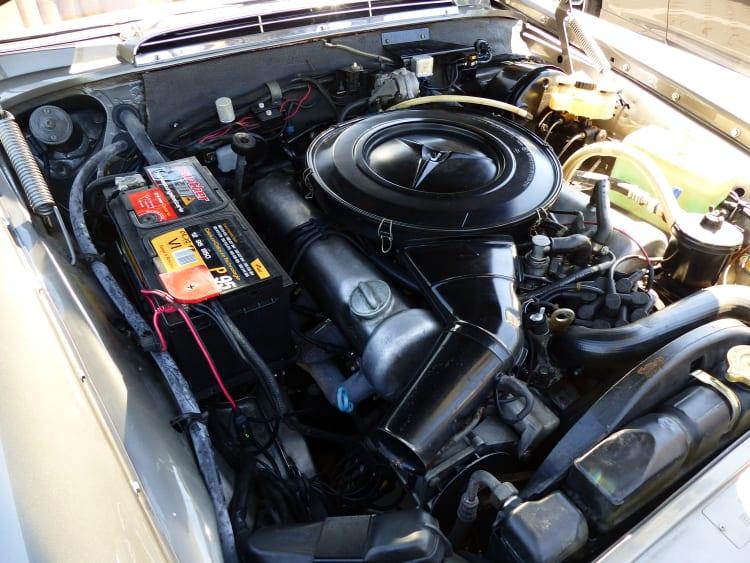 engine of 1969 280SE 3.5 cabriolet