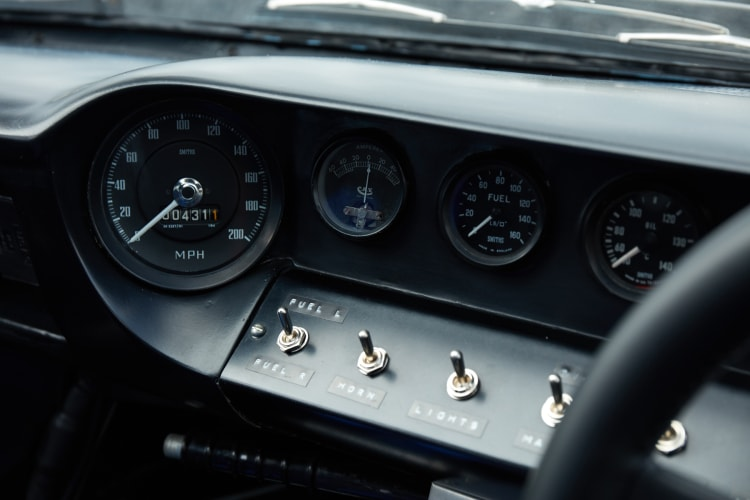 Dashboard of 1969 Ford GT40