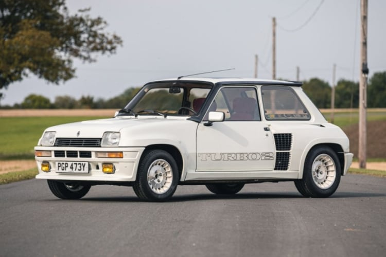 Renault 5 Turbo is a classic 80s cars